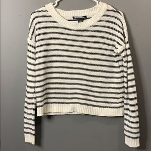 Planet Gold striped sweater crew neck size SMALL